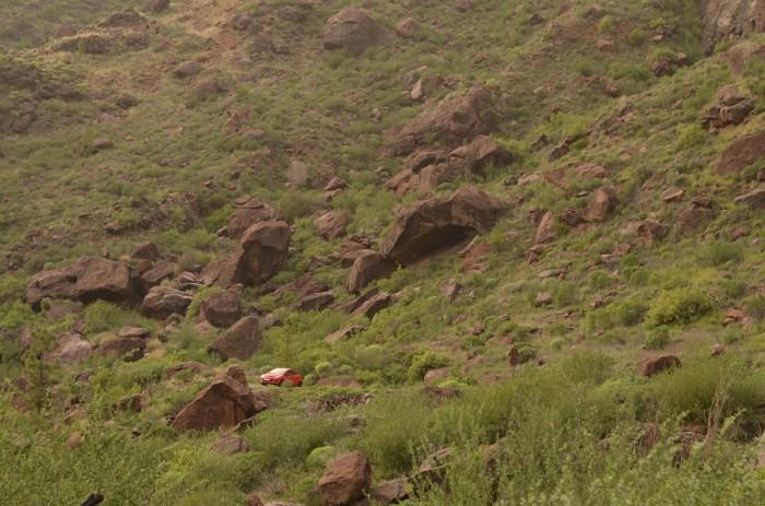 Veľkou výhodou v Mogáne je aj dostupnosť bouldrov (foto: Oli)