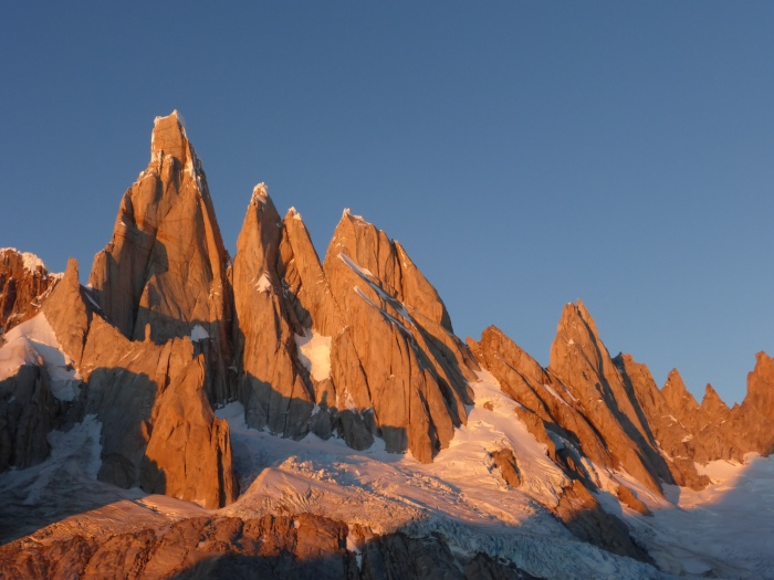 Cerro Torre a jeho susedia