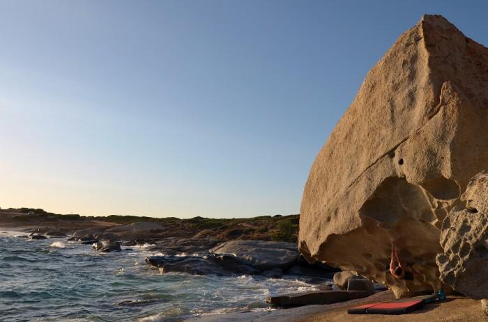 Najkrajší korzický boulder, Lumio (foto: Aďa)