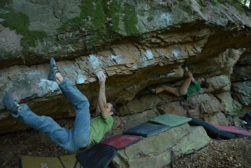 Bouldering v okolí Červeného Kameňa