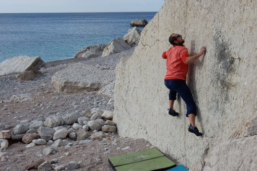 Silvestrovský bouldering na pláži