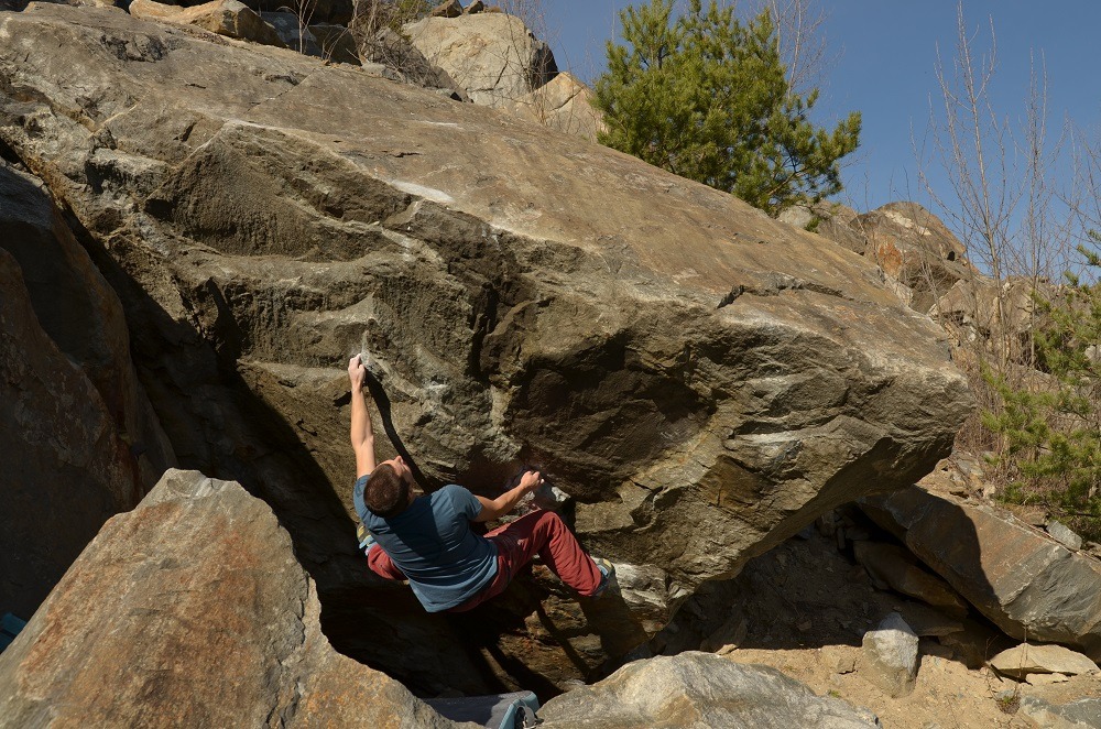 Spitz bouldering