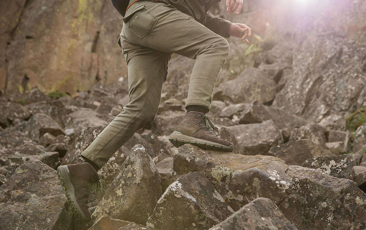 outdorová obuv Danner sivá
